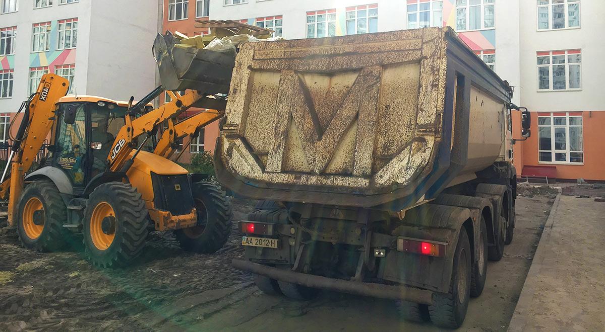 Выравнивание участков, вывоз строительного мусора
